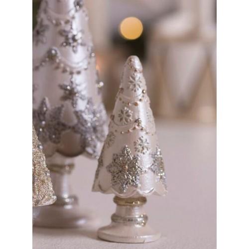 Lille antikhvidt juletræ med snefnug H: 10,5 cm.